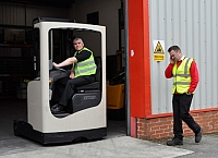 Keep pedestrians safe around forklift trucks