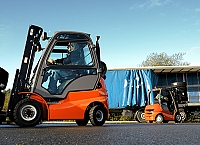 Safe efficient forklift loading